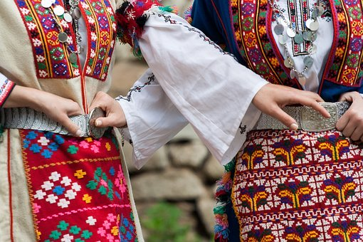 Bulgarian Folk Costume, Tradition